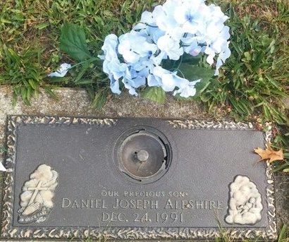 ALESHIRE, DANIEL JOSEPH - Cuyahoga County, Ohio | DANIEL JOSEPH ALESHIRE - Ohio Gravestone Photos