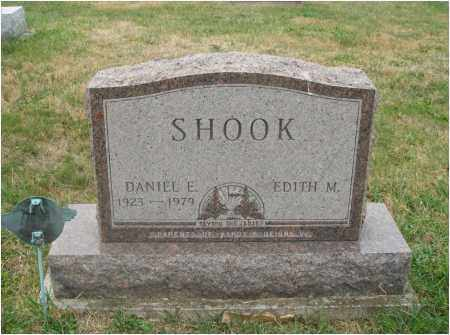 SHOOK, DANIEL E. - Fairfield County, Ohio | DANIEL E. SHOOK - Ohio Gravestone Photos
