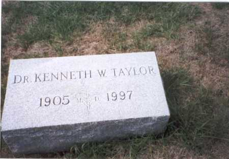 TAYLOR, M.D., KENNETH W. - Fairfield County, Ohio | KENNETH W. TAYLOR, M.D. - Ohio Gravestone Photos