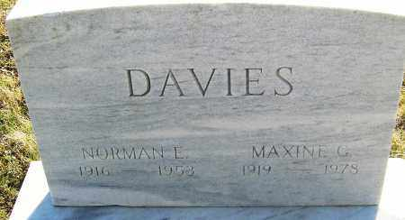 DAVIES, NORMAN E - Franklin County, Ohio | NORMAN E DAVIES - Ohio Gravestone Photos