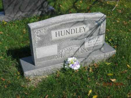 HUNDLEY, BETTY VICIA - Franklin County, Ohio | BETTY VICIA HUNDLEY - Ohio Gravestone Photos