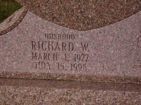MC GLINCHEY, RICHARD W. - Franklin County, Ohio | RICHARD W. MC GLINCHEY - Ohio Gravestone Photos