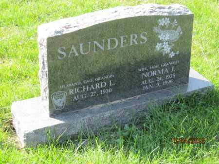 RILEY SAUNDERS, NORMA JEAN - Franklin County, Ohio | NORMA JEAN RILEY SAUNDERS - Ohio Gravestone Photos