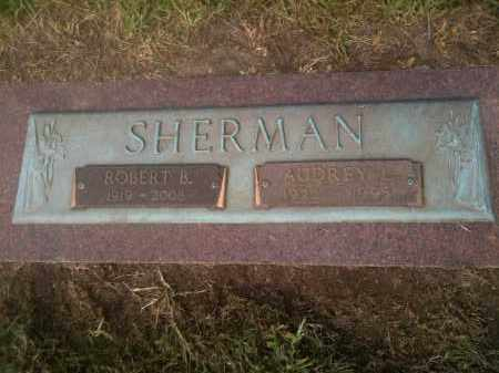 GUSTIN SHERMAN, AUDREY LOIS - Franklin County, Ohio | AUDREY LOIS GUSTIN SHERMAN - Ohio Gravestone Photos