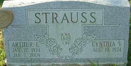 STRAUSS, ARTHUR E - Franklin County, Ohio | ARTHUR E STRAUSS - Ohio Gravestone Photos