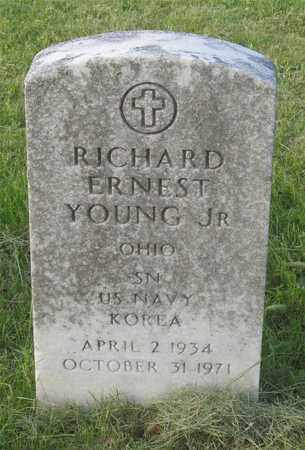 YOUNG, RICHARD ERNEST - Franklin County, Ohio | RICHARD ERNEST YOUNG - Ohio Gravestone Photos