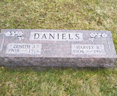 DANIELS, ZENITH J. - Highland County, Ohio | ZENITH J. DANIELS - Ohio Gravestone Photos