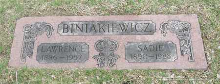 BINIAKIEWICZ, LAWRENCE - Lucas County, Ohio | LAWRENCE BINIAKIEWICZ - Ohio Gravestone Photos