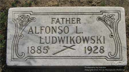 LUDWIKOWSKI, ALFONSO L. - Lucas County, Ohio | ALFONSO L. LUDWIKOWSKI - Ohio Gravestone Photos