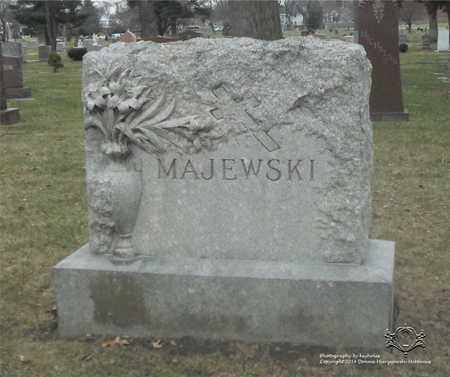 MAJEWSKI, FAMILY MONUMENT - Lucas County, Ohio | FAMILY MONUMENT MAJEWSKI - Ohio Gravestone Photos