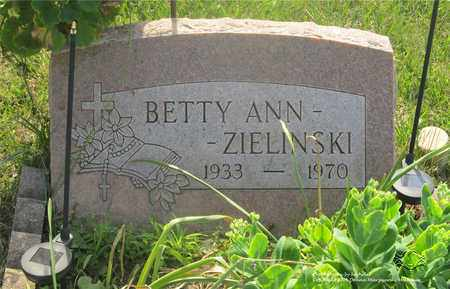 ZIELINSKI, BETTY ANN - Lucas County, Ohio | BETTY ANN ZIELINSKI - Ohio Gravestone Photos