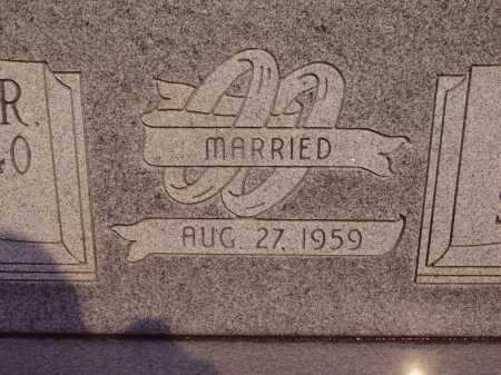 DAVIS, BRUCE & MARJORIE MARRIAGE VIEW - Meigs County, Ohio | BRUCE & MARJORIE MARRIAGE VIEW DAVIS - Ohio Gravestone Photos