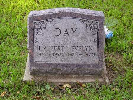 DAY, EVELYN - Meigs County, Ohio | EVELYN DAY - Ohio Gravestone Photos
