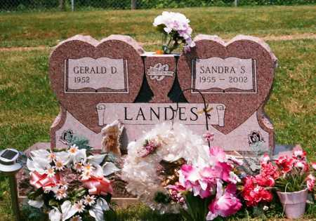 LANDES, GERALD D. - Meigs County, Ohio | GERALD D. LANDES - Ohio Gravestone Photos