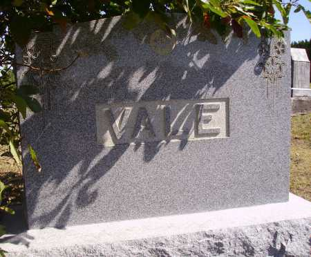 VALE FAMILY, MONUMENT - Meigs County, Ohio | MONUMENT VALE FAMILY - Ohio Gravestone Photos