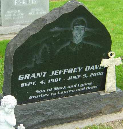 DAVIS, GRANT JEFFREY - Montgomery County, Ohio | GRANT JEFFREY DAVIS - Ohio Gravestone Photos
