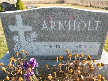 ARNHOLT, KENNETH H - Morrow County, Ohio | KENNETH H ARNHOLT - Ohio Gravestone Photos