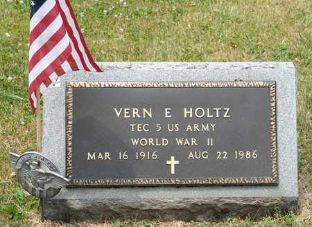 HOLTZ, VERN E - Richland County, Ohio | VERN E HOLTZ - Ohio Gravestone Photos