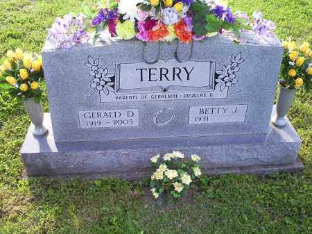 TERRY, GERALD D. - Ross County, Ohio | GERALD D. TERRY - Ohio Gravestone Photos