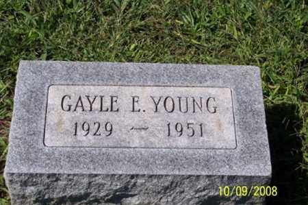 YOUNG, GAYLE E. - Ross County, Ohio | GAYLE E. YOUNG - Ohio Gravestone Photos