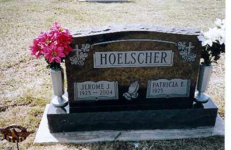 HOELSCHER, PATRICIA E. - Shelby County, Ohio | PATRICIA E. HOELSCHER - Ohio Gravestone Photos