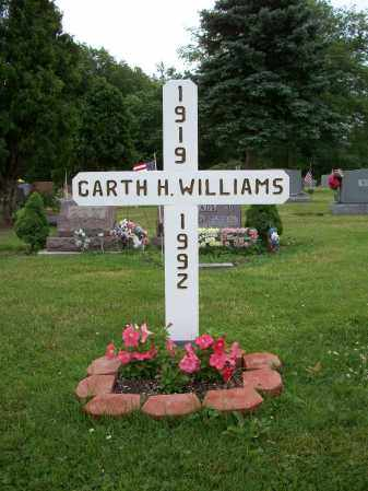 WILLIAMS, GARTH H. - Trumbull County, Ohio | GARTH H. WILLIAMS - Ohio Gravestone Photos