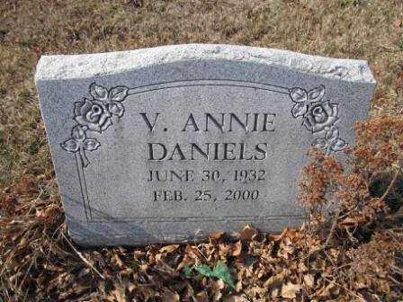 DANIELS, V. ANNIE - Union County, Ohio | V. ANNIE DANIELS - Ohio Gravestone Photos
