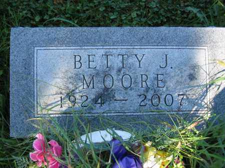 MOORE, BETTY J. - Union County, Ohio | BETTY J. MOORE - Ohio Gravestone Photos